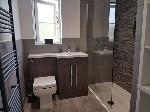 huddersfield shower room ultimate wetrooms. Black Bedroom Furniture Sets. Home Design Ideas
